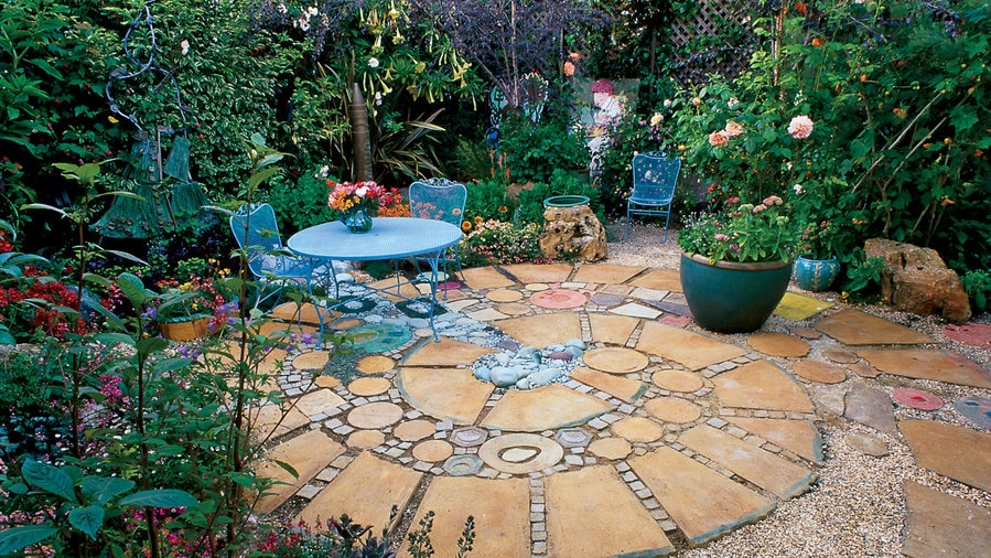 circular patio ideas